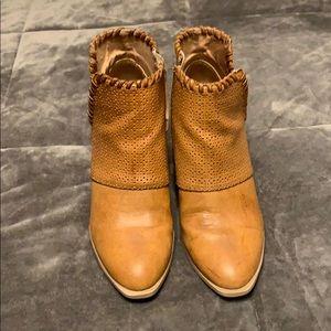 4/$20 Western style booties